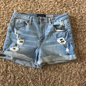 high waisted light washed jean shorts